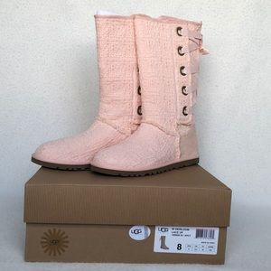 Lace up heirloom pink Uggs
